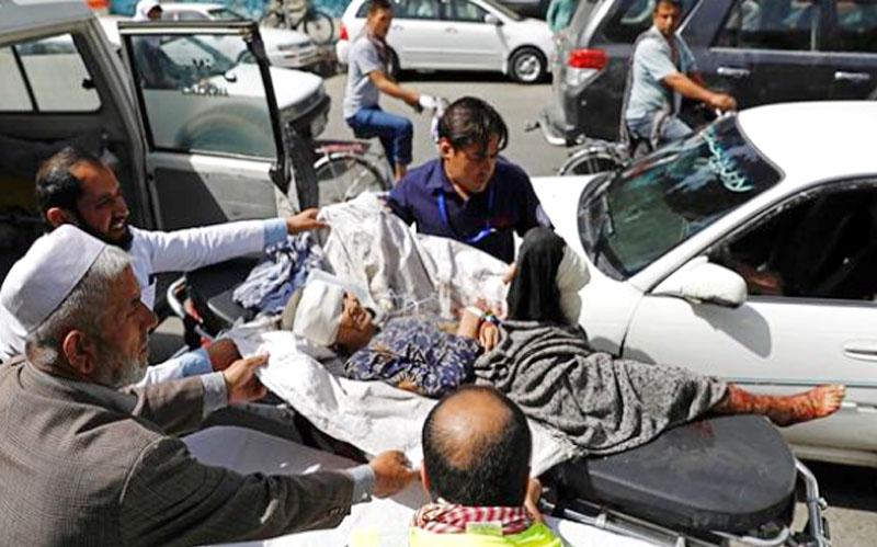 افغانستان میں صدارتی انتخابات کیلئے ووٹنگ شروع ، پولنگ سینٹر پر دھماکے ، 15 زخمی