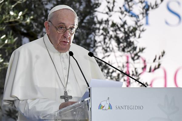 پوپ فرانسس نے کیا  اقلیتی اویغور مسلمانوں پر ہو رہے مظالم پر تبصرہ ، چین نے دیا ایسا جواب