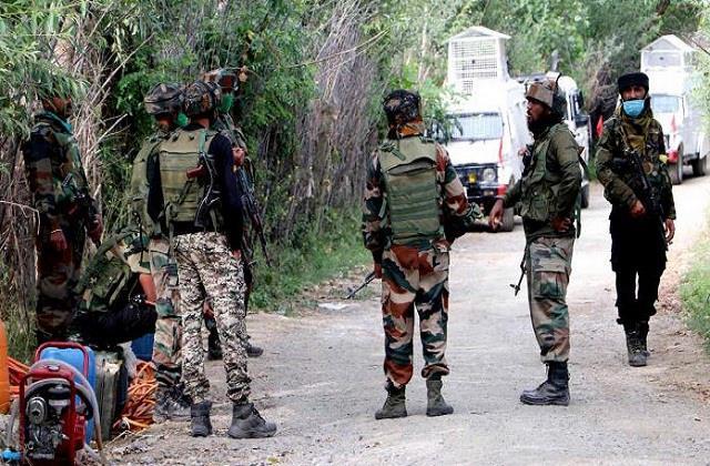 جموں کشمیر: پولیس نے جاری کی 10 بڑے دہشت گردوں کی لسٹ