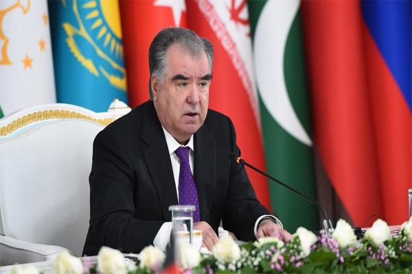 تاجکستان کے راشٹرپتی بولے - طالبان کو نہیں دیں گے مانیتا